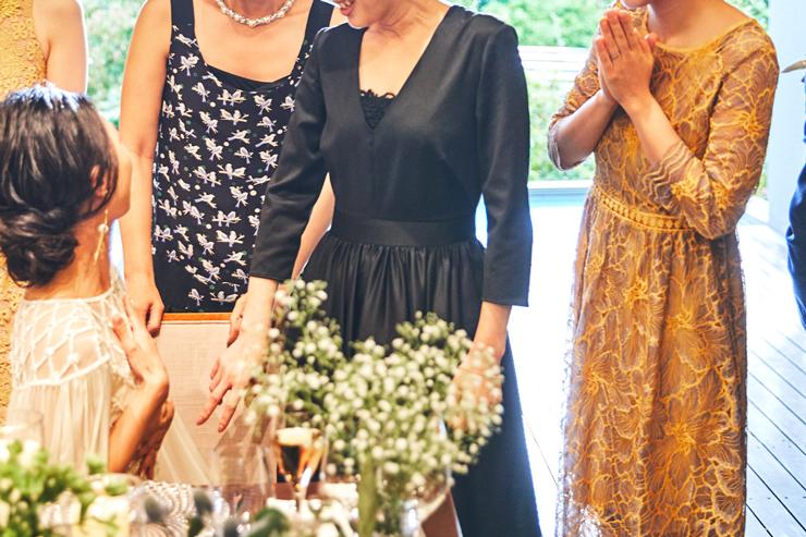 結婚式 ワンピース 30代